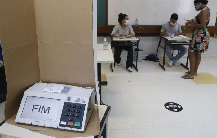 Bolsonarismo e extremismo perderam, mas não morreram, avaliam cientistas políticos